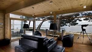 maison en bois construite en bretagne au design interieur With interieur maison bois contemporaine