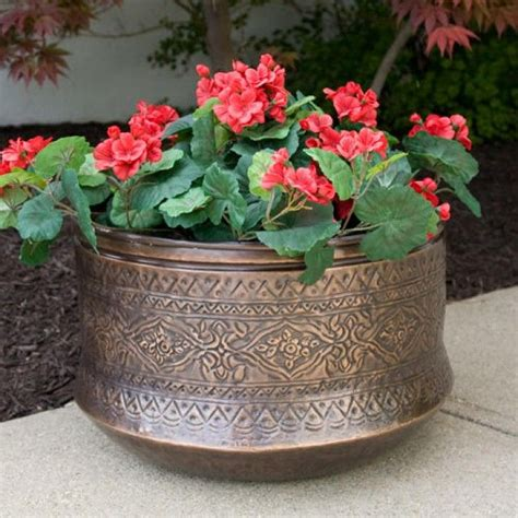 Copper Outdoor Planters by Best 25 Copper Planters Ideas On Copper