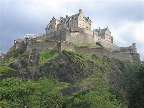 siege macdonald edinburgh castle scotland beautiful places to visit