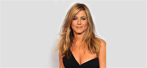 hairstyle evolution  jennifer aniston hair style lab