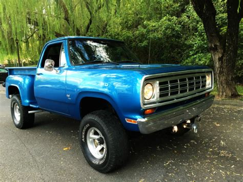 dodge other pickups 1 2 ton utiline 1972 blue for sale d13ab2s549882 1972 dodge power wagon