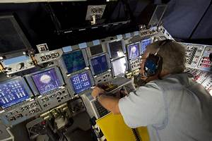 NASA Shuttle Cockpit - Pics about space
