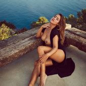 Jessica paszka topless