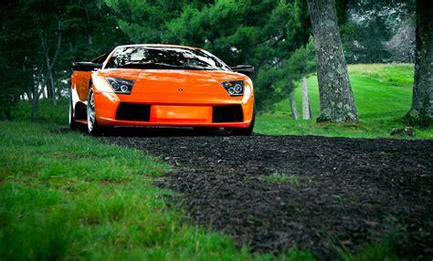 Día De Campo En El Bugatti Color Naranja