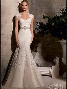 most romantic queen anne wedding gown must flatter bride With queen anne wedding dress