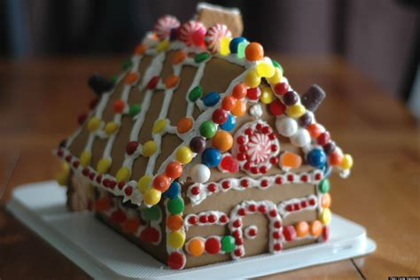 Life-size Gingerbread House Recipe Calculator