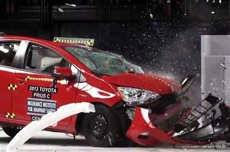 male samochody sa niebezpieczne nowe testy motofilmpl