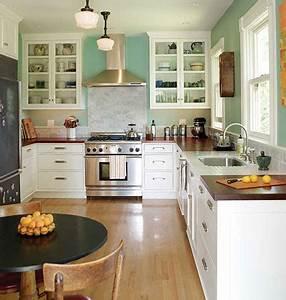 Simple & Classic Style: Farmhouse Kitchen