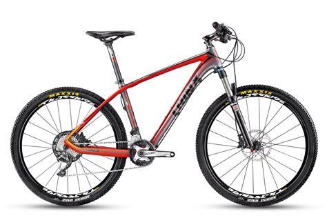 Xăm hình mã vạch bao gồm rất nhiều những vạch thẳng với chiều dài và kích cỡ khác nhau, được sắp xếp song song. Xe đạp địa hình TRINX CONQUEROR S1600 2016 Xám đỏ-XE ĐẠP TOÀN THẮNG