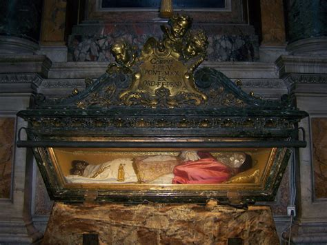 Tomb Of Saint Pope Pius V.jpg