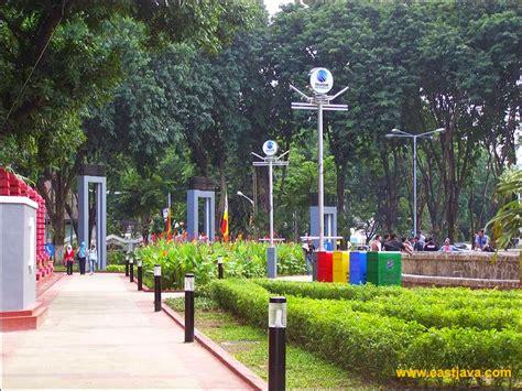 destinasi wisata surabaya taman bungkul surabaya lokasi