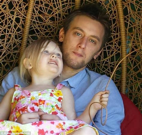 Dying Fathers Bid To Raise £500000 To Help Save His Five Year Old Daughter Who Has Beaten