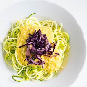 Zucchini Nudeln Schneider : curry zucchini spaghetti erste eindr cke mit dem spiralschneider 1000leckerbissen ~ Eleganceandgraceweddings.com Haus und Dekorationen