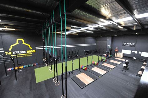 gym interior crossfit fitness gyms rogue facility facilities center box room workout layout warehouse interiors equipment training outfitting decor rooms