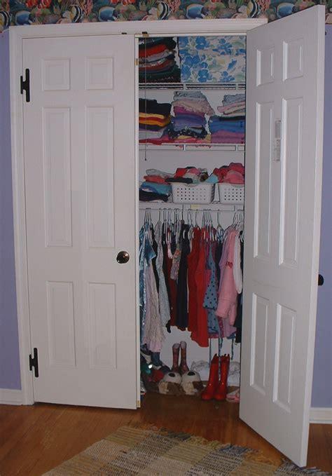 file wall closet jpg wikimedia commons
