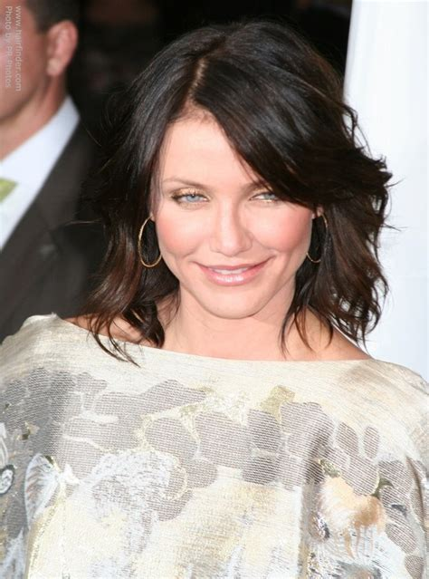 Cameron Diaz as a brunette   Hair that falls over the face