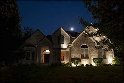 guide  smart outdoor lighting   home landscape