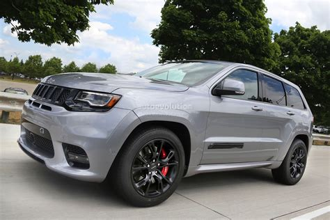 trackhawk jeep cherokee 2018 jeep grand cherokee trackhawk might have torque