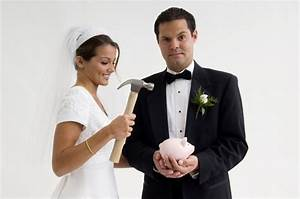 Who pays for the wedding articles easy weddings for Who pays for wedding photographer