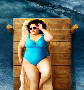 Fat girl in a swimsuit. – Cmon, Fatso