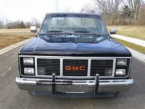 1986 Gmc C1500 Base Standard Cab Pickup 2