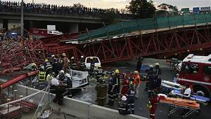 Deadly south African bridge collapse - Chicago Tribune