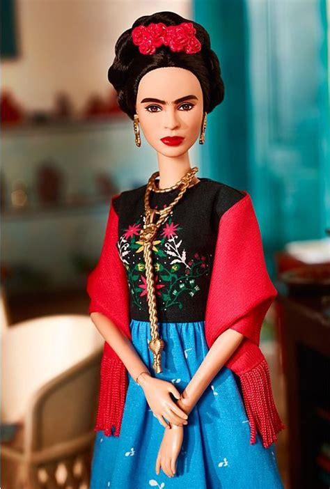 frida kahlo  amelia earhart   barbie girls nolisoli