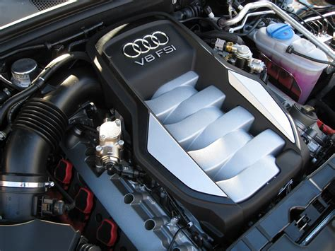 Audi S5 V8 Fsi Engine.jpg