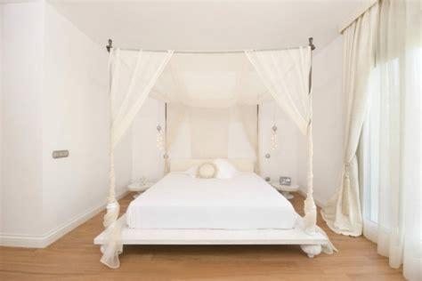 chambre baldaquin lit baldaquin moderne pour chambre d 39 adulte et d 39 enfant