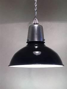 Lampe à Pétrole Ancienne Le Bon Coin : anciennes lampes industrielles philips brocindus ~ Melissatoandfro.com Idées de Décoration