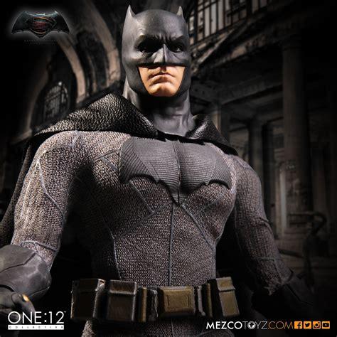 batman  superman dawn  justice batman figure