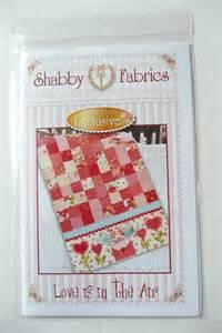 shabby fabrics sale sale valentine table runner pattern sf48558 by annadaisysfabrics