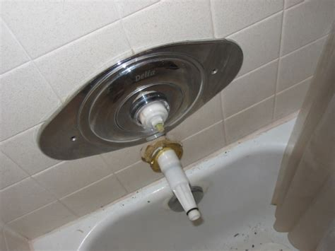 Remove Shower Handle Removing Delta Bathtub Shower Single Handle Faceplate