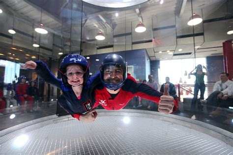 skydive   safety   wind tunnel  ifly chicago