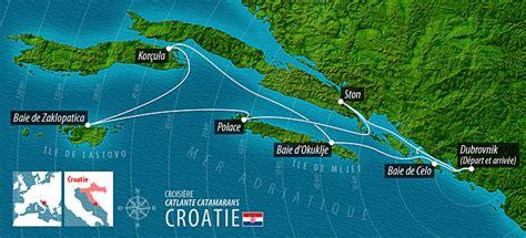carré cuisine croisière en croatie en voilier catamaran lagoon 421