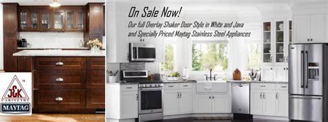 white shaker kitchen cabinets sale white shaker cabinets maytag ss appliance sale under 10k