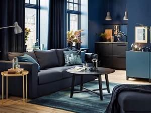 Canapé Bleu Roi : 10 d co bleu marine pour votre maison ~ Teatrodelosmanantiales.com Idées de Décoration