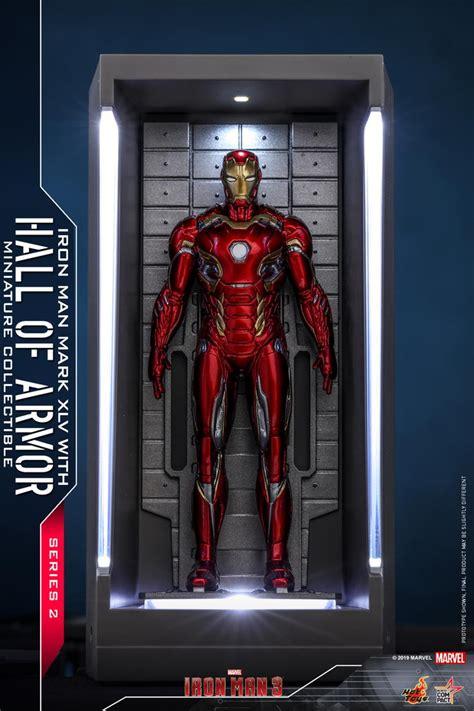 hot toys iron man  iron man hall  armor miniature