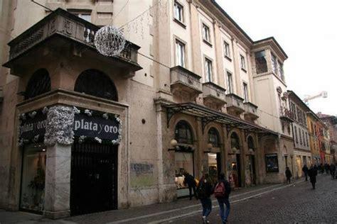 Politeama Pavia by Cinema Teatro Politeama Corso Cavour 18 B Pavia Pv