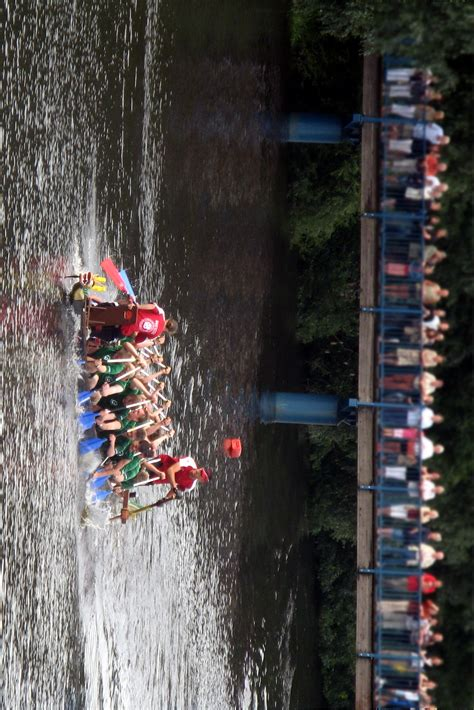 Dragon Boat Racing Ta by Dragon Boat