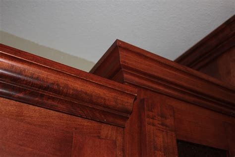 crown cabinets cabinet crown molding a do it yourselfers thoughts