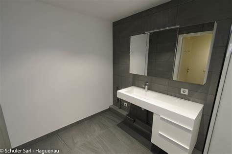 chaise salle de bain rénovation d 39 une salle de bain pour personne à mobilité