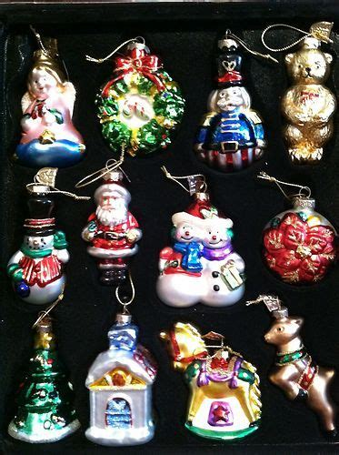 thomas pacconi classics christmas ornaments  piece set