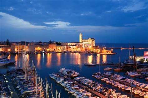 ristoranti trani porto porti turistici una quot rete quot unisce trani ostuni e otranto