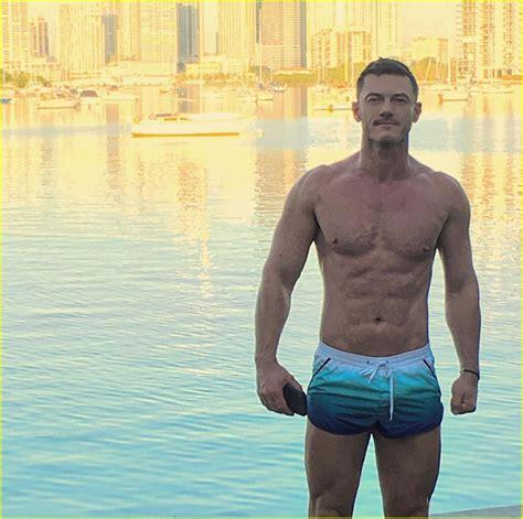 luke evans ends   sharing  hot shirtless