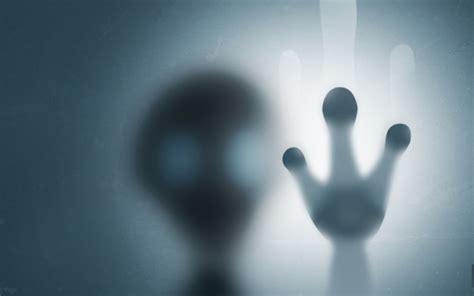 wallpaper alien trapped blurred hd  creative