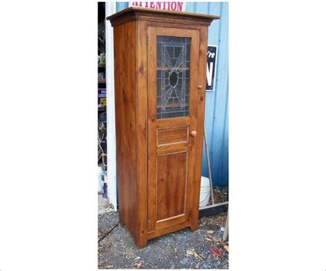 Wine Rack For Cupboard by Leaded Glass Door Cupboard With Wine Rack