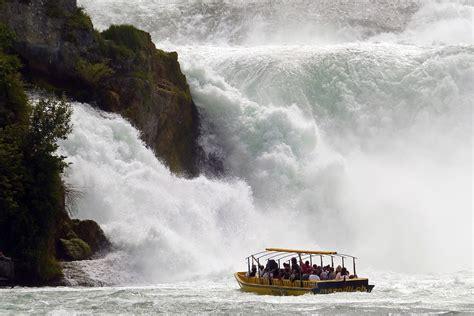 Boat Ride Rhine Falls Switzerland by Chutes Du Rhin Schaffhouse Bateau 183 Photo Gratuite Sur Pixabay