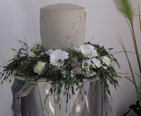 trauerfloristik ranunkel floristikwerkstatt