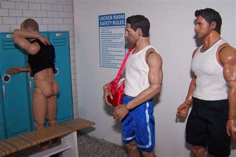 guys locker room voyeur des  de nu
